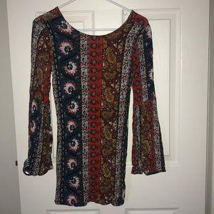 Floral, long sleeved, exposed back billabong dress